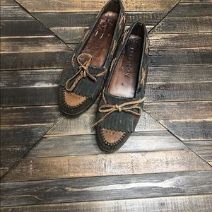 Cole Haan Brown Leather Flats Loafers Size: 8